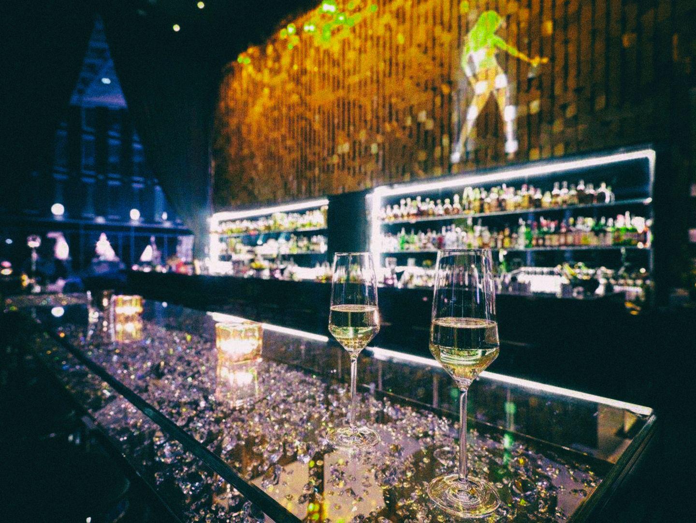 Get2gether & Networking an der PureGold Bar